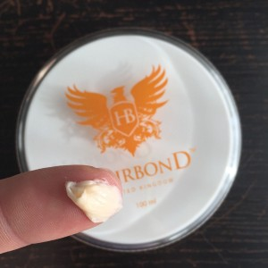 Gel na vlasy a vousy Hairbond